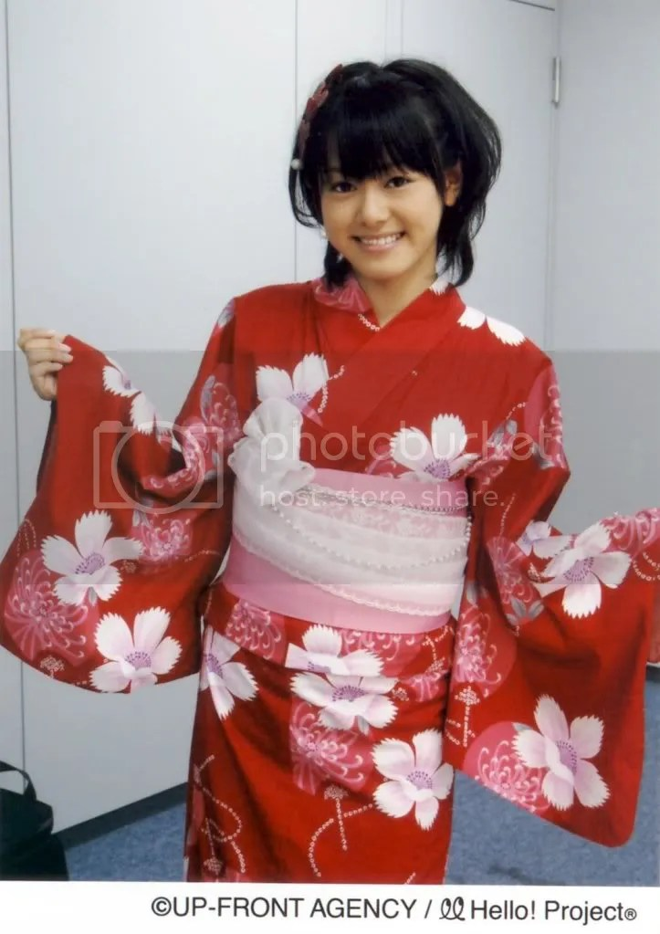 Kana-chan in a Yukata 3........ so beautiful.