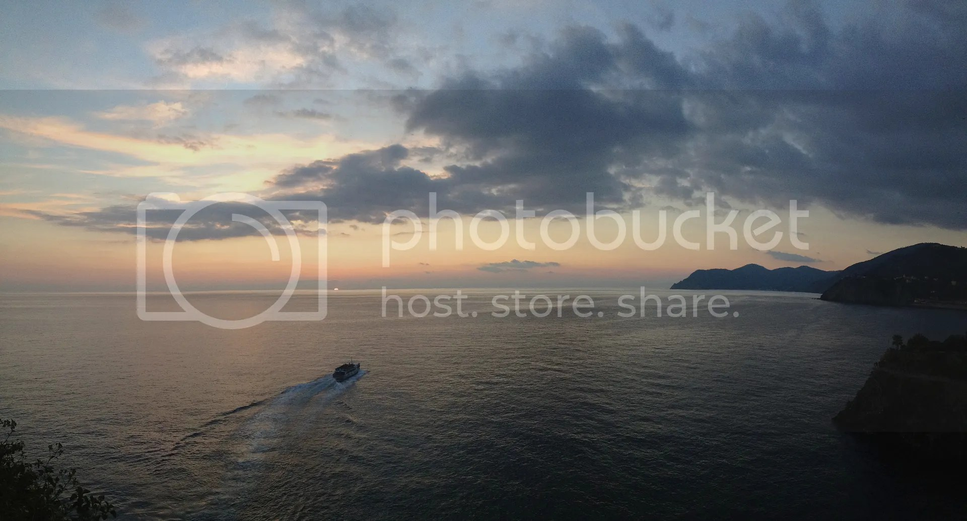 photo Manarola-Sunset_zpsonh8gloi.jpg