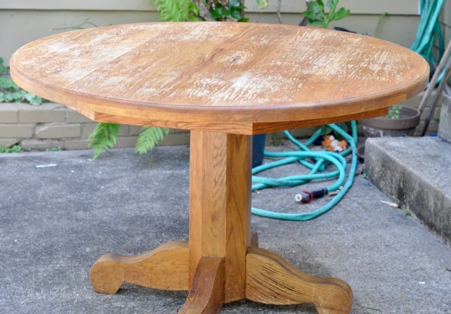 How to Refinish a Kitchen Table Farmhouse Style || DIY Stained Top Painted Base Legs || Ideas for a Wood Oak Table
