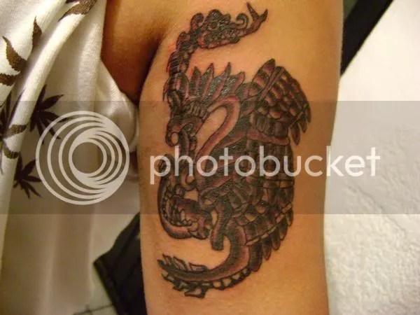 aguila+azteca tattoo+by+eso.