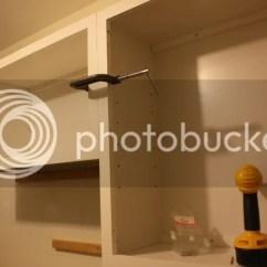 Lowes White Kitchen Sink Wall Faucets 房崇 文学城博客 装下柜之前 要考虑水管水池的安排 因为要选个洗衣房专用的深水池 叫utility 与厨房用的不锈钢水池不同 厨房水池一般