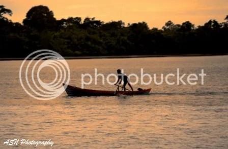 Bersampan di Sungai Siak
