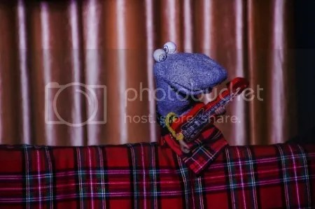 Scottish Falsetto Sock Puppet Theatre photo Scottish20Falsetto20Sock20Puppet20Theatre_zpskm5ewap0.jpg