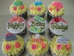photo cupcakebirthday_zps39391960.jpg