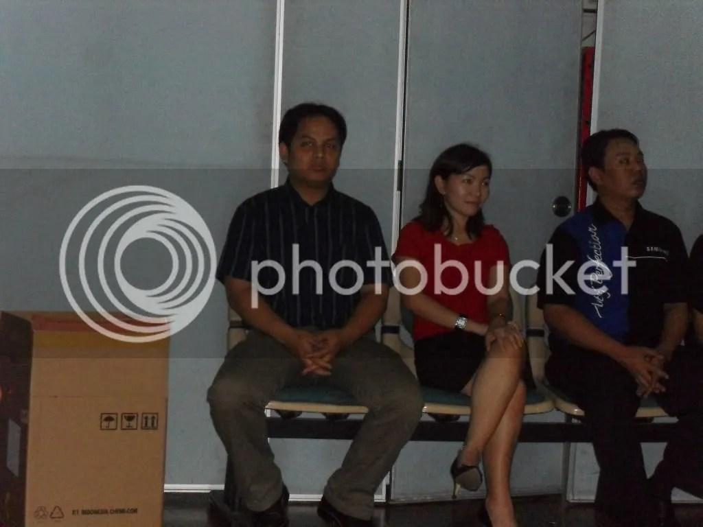Pak Lili dah bangun dan Bu Mimi tetap Narsiz.com