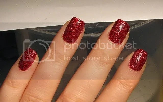 NOTD  Dorothys Ruby Red Slippers Nails