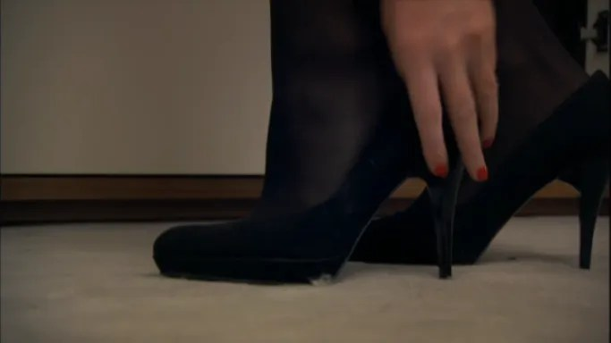 Swear to God, this show is obsessed with womens shoes