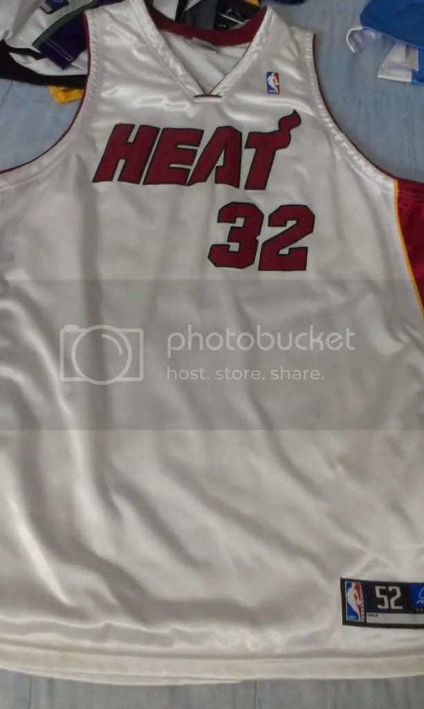 0f588522 How to spot fake NBA swingman Jerseys (On ebay/trademe/anywhere ...
