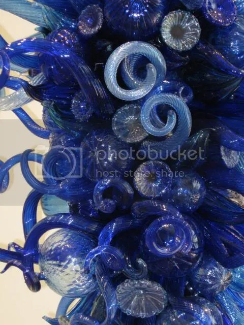 Blue and Beyond Blue (detail), 2006. Dale Chihuly (b. 1941). Glass. 1.07 x 82 x 77 in.New Britain Museum of American Art, Stephen B. Lawrence Fund and 25 additional donors (please see below for a full list), 2007.127.