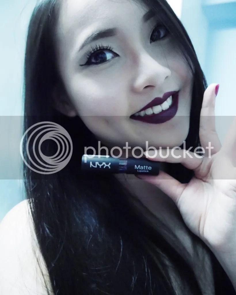 Jean Li (Singapore) - Viktoria Jean, dark lipstick NYX - siren