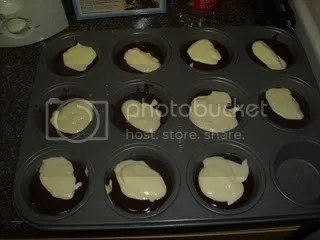 CB mix in cupcake pan