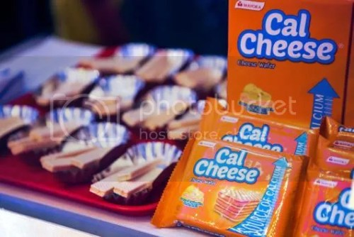 CalCheese: Healthy Wafer Snacks for the Wais Moms