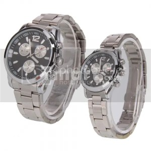 Pair of Stainless Steel Black Round Dial Wrist Couple Watches