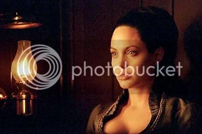 Angelina Jolie em Pecado Original - Clique para ampliar