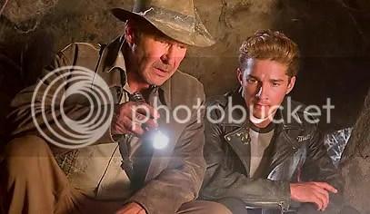 Harrison Ford e Shia LaBeouf - Clique para baixar esta foto em alta resolução