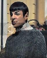 Zachary Quinto como Spock - Imagem registrada no site JFX Online