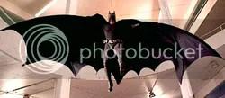 Christian Bale, como Batman - Clique para ampliar
