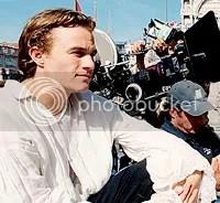 Heath Ledger nos bastidores de Casanova - foto de Doane Gregory - CLIQUE PARA FAZER O DOWNLOAD EM ALTA RESOLUÇÃO