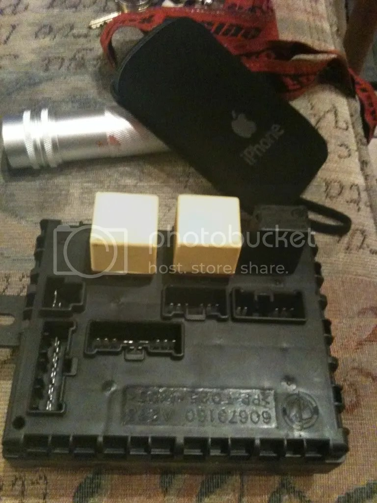 medium resolution of i pulled the fuse box out of my 156 she is now dead picture two shows the three relays