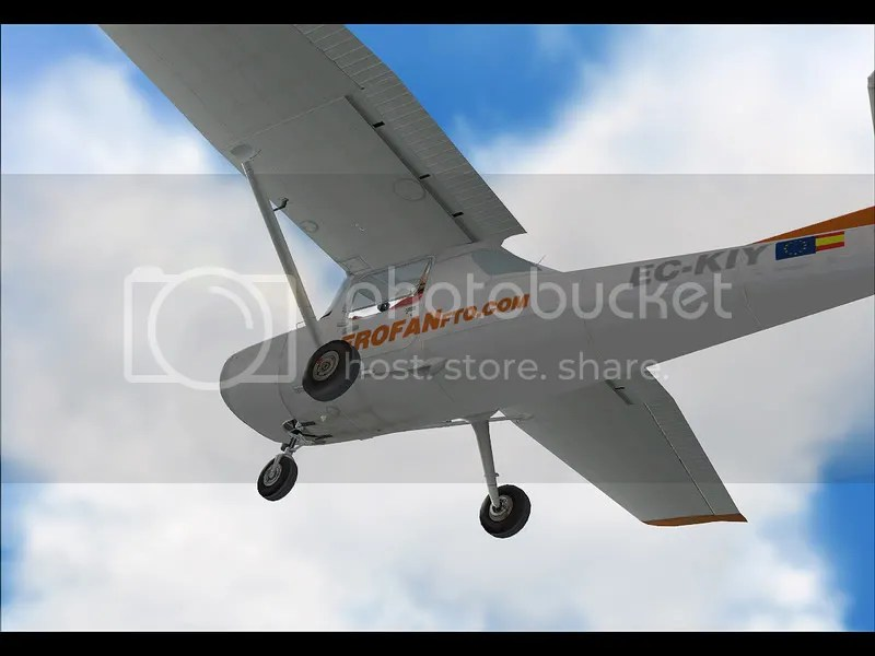 Cessna C150 en ascenso