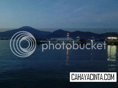Gambar pemandangan Pulau Langkawi waktu senja