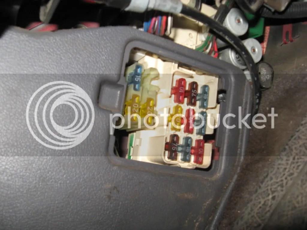 012 3~original?resize=242258 1995 toyotum 4runner fuse box location 96 toyota t100 engine