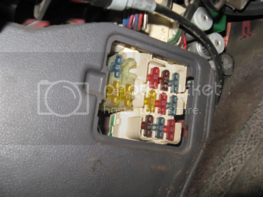 medium resolution of 1990 toyota pickup fuse box