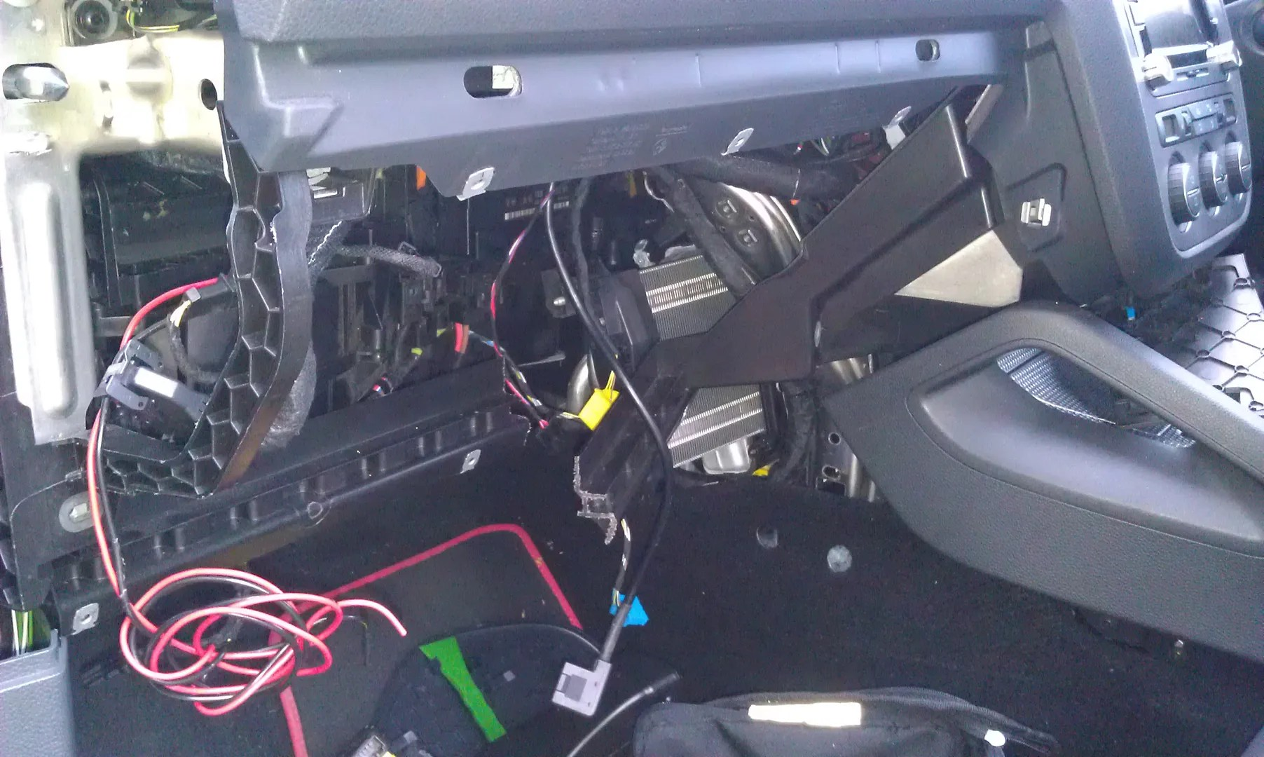 2014 Volkswagen Jetta Fuse Box Diagram Auxiliary Heater Removal Audio Electrics And Lighting