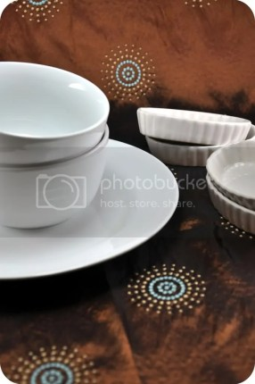 Chinaware in LIGHTBOX