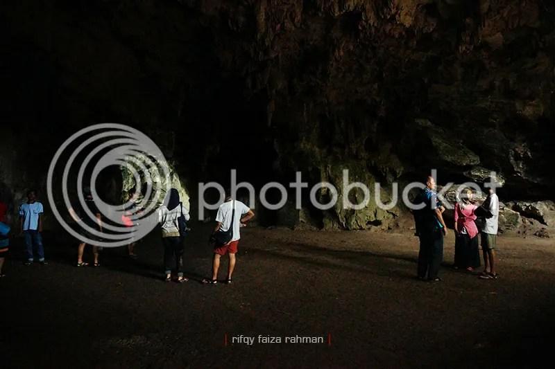 Aula atau ruang pertama gua Rancang Kencono, sebagai tempat pertemuan