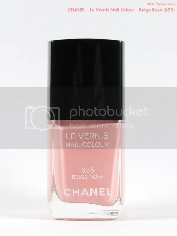 Chanel Le Vernis Nail Colour in Beige Rose