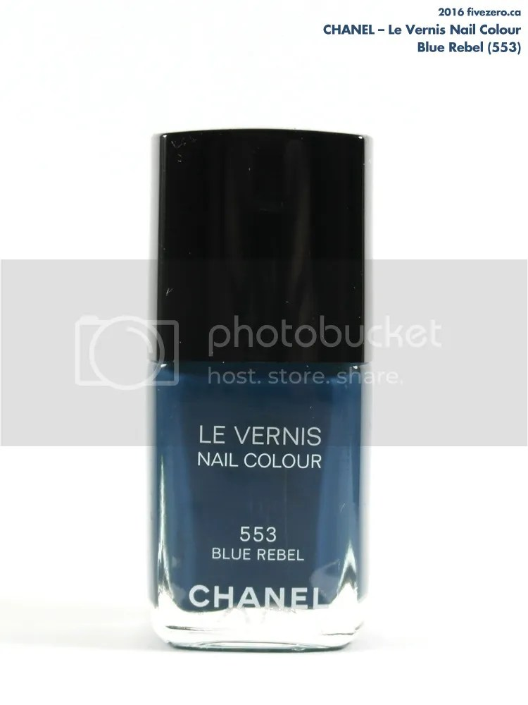 Chanel, Le Vernis Nail Colour in Blue Rebel (553)