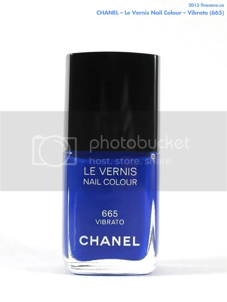 Chanel Le Vernis Nail Colour in Vibrato