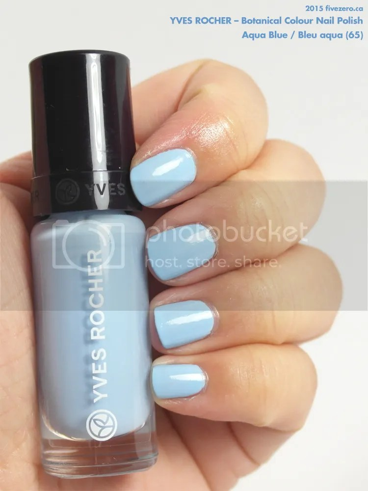 Yves Rocher Botanical Colour Nail Polish in Aqua Blue / Bleu aqua, swatch