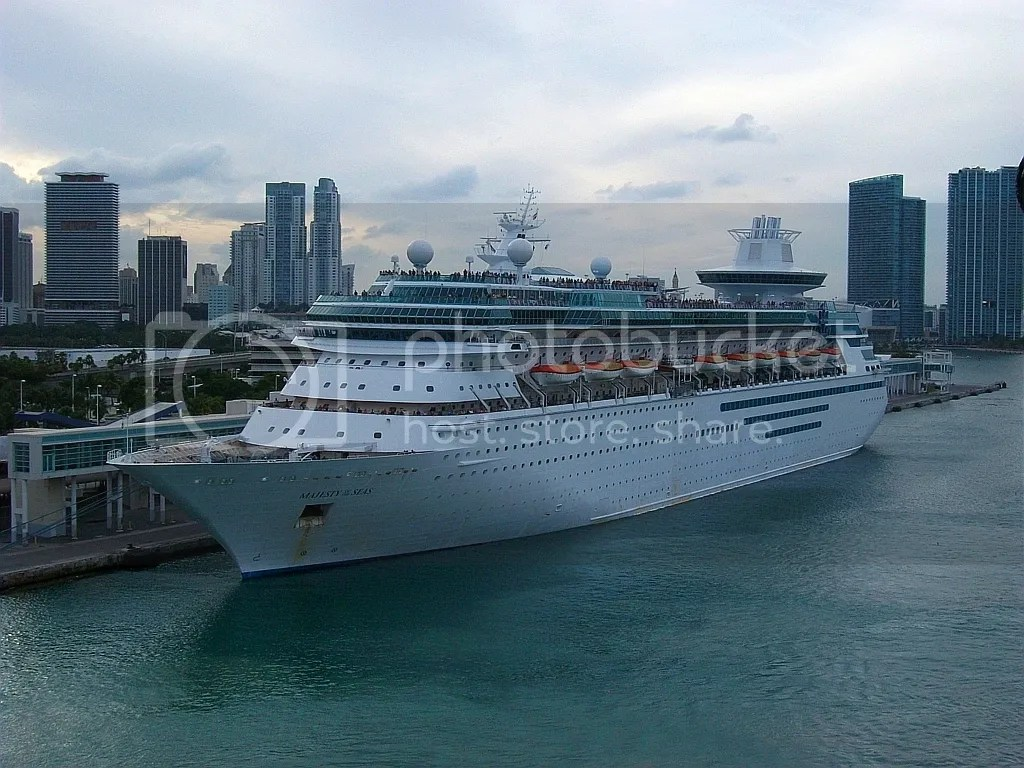 Afbeeldingsresultaat voor Majesty of the Seas in Miami