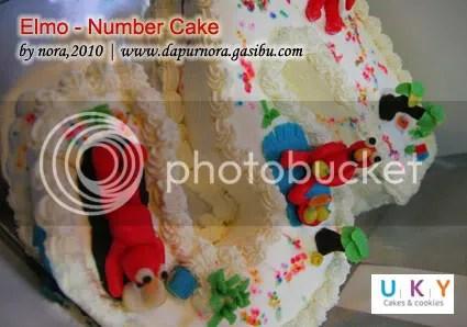 elmo cake bandung