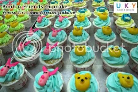 cupcake pooh bandung