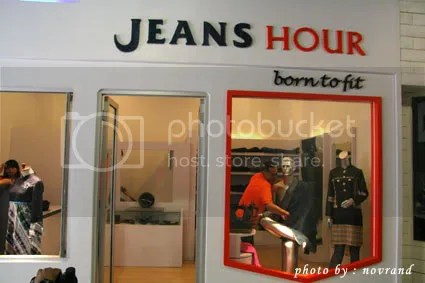 jeans hours bandung