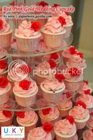 cupcake wedding pink red bandung