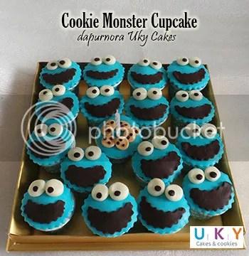 cupcake cookie monster