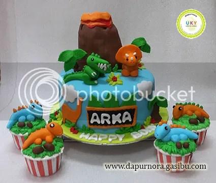 kue ulang tahun dinosaurus bandung