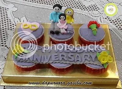 cupcake anniversary bandung