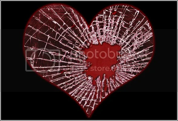 shattered heart photo: shattered heart symptoms-of-a-broken-heart-588.png