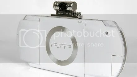 White PSP with Go!Cam