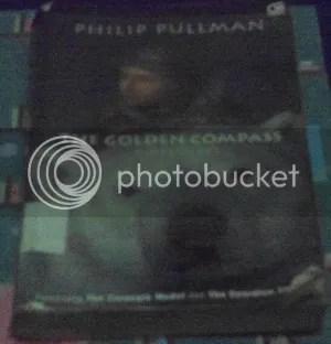 photo the_golden_compass_zpsbe35f176.jpg