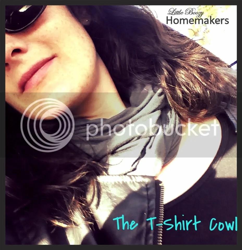 T-shirt Cowl