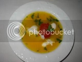 Sopa de Cenoura com Coentros, Tomate e Ovos de Codorniz