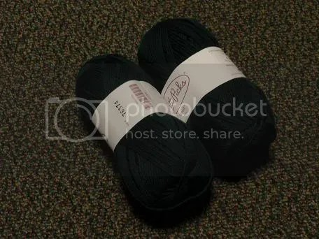 Deep green sock yarn.