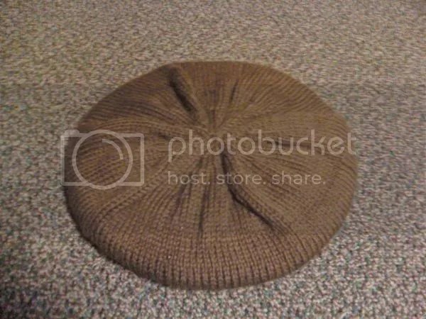 The hat, blocking on a plate