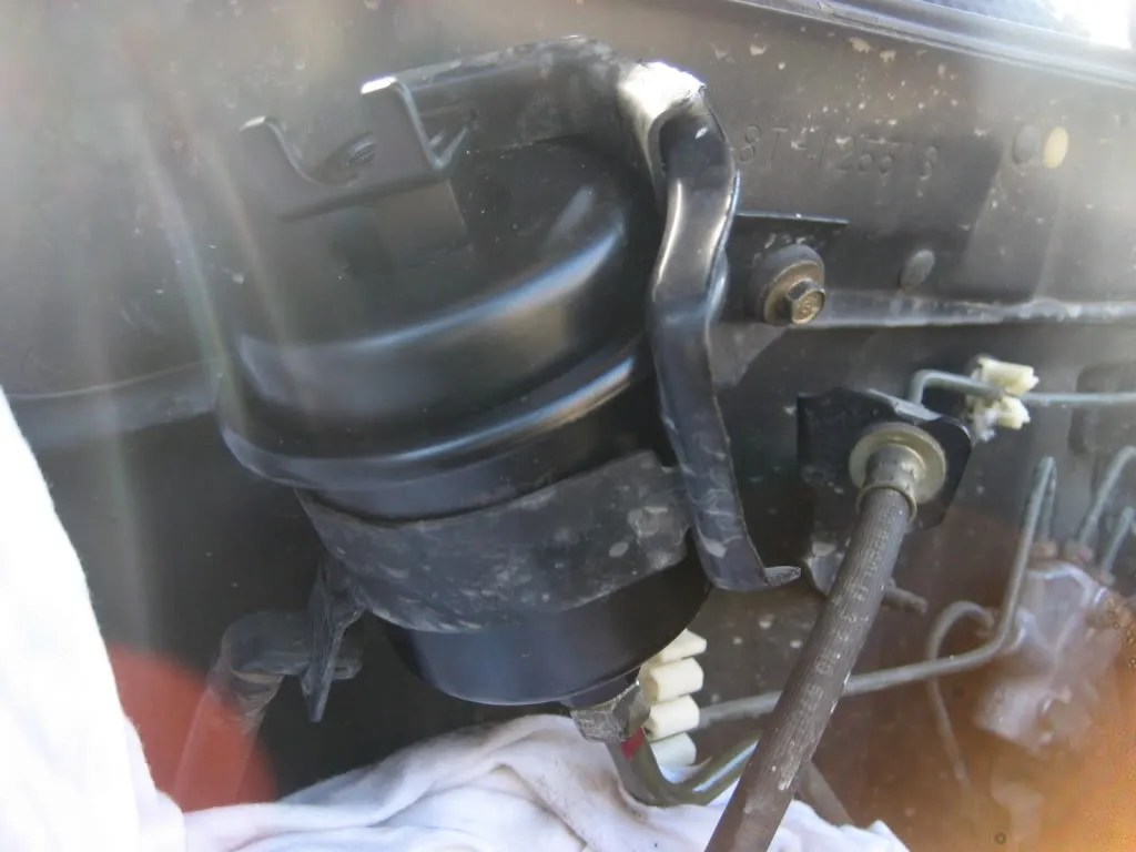 hight resolution of 2005 civic fuel filter location